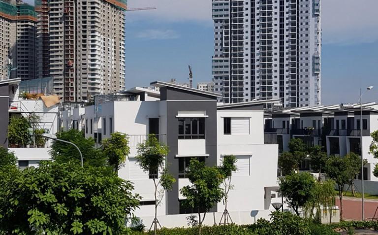 Chị Trang - Thi công phào chỉ PU biệt thự Vinhome Riverside Long biên Hà Nội